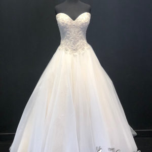 KIZZY Wedding Gown